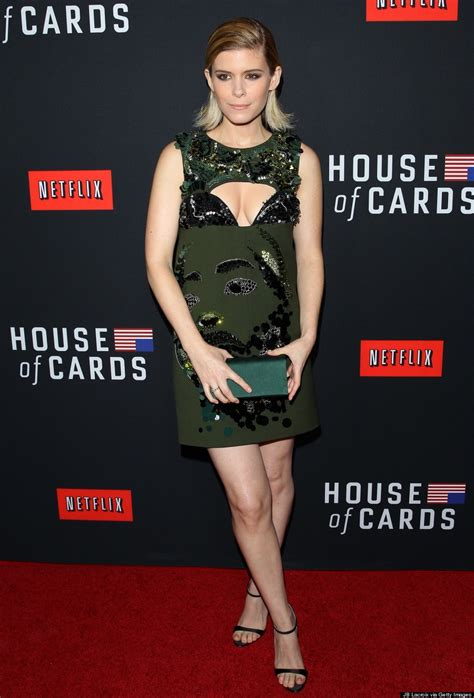kate mara naked house of cards kate mara s house of cards season 2 premiere dress is appropriately stylish photos