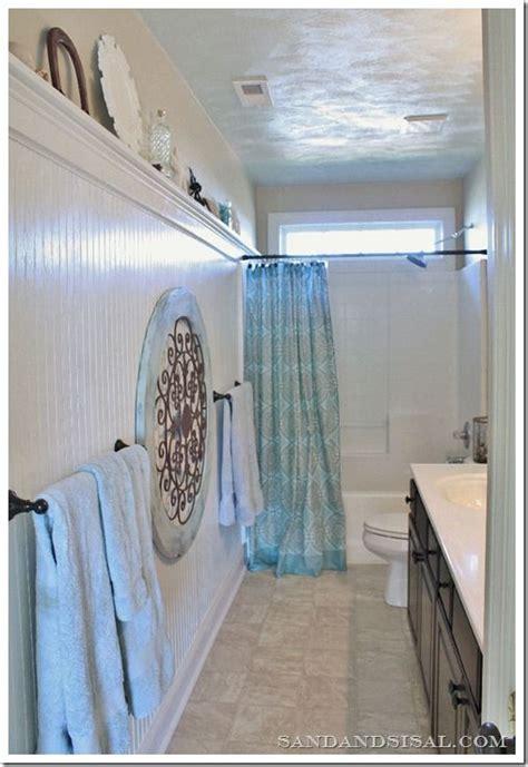 beadboard bathroom height 25 best ideas about bead board bathroom on pinterest