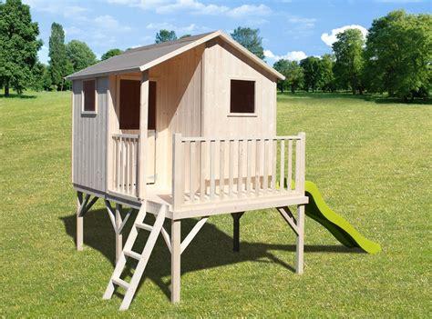 cabane piloti cabane en bois sur pilotis pour enfant sixtine soulet