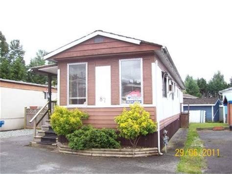 coquitlam 2 bedroom manufactured home in coquitlam