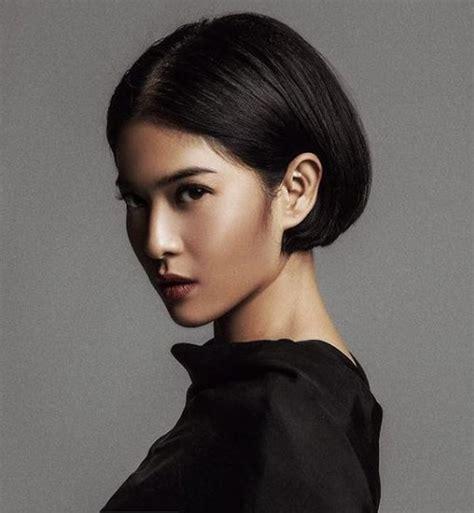 Model Rambut Nike Ardila by Potongan Bob Clasic Ala Dian Sastro Membuat Wajah Lebih