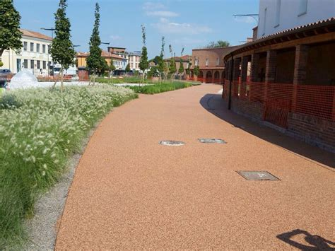 pavimenti in resina esterni pavimentazioni in resina per esterni a belluno superfici