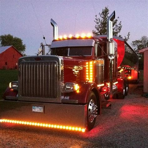 led lights for peterbilt 379 peterbilt chicken lights lights on big rigs