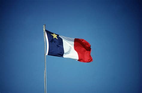 how to draw acadian flag