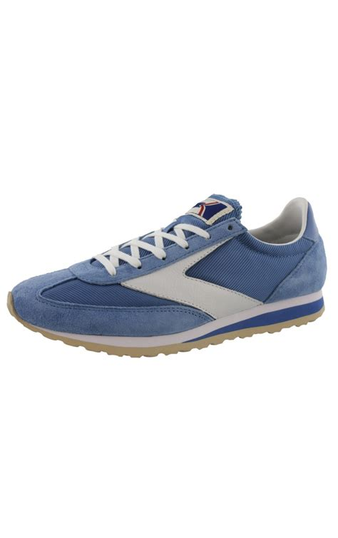 walking and running shoes retro walking sneakers and hospital shoes