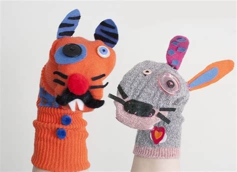 sock puppets with toddlers these sock puppets as s will keep the