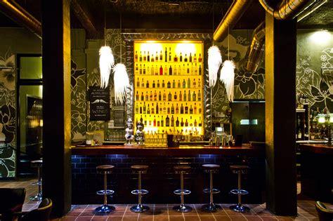 Barcelona Top Bars by Top 5 Bars In El Raval