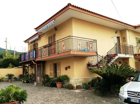 appartamenti torre greco casa torre greco appartamenti e in vendita a