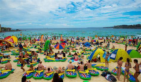 how do you celebrate in australia best float spots on australia day in sydney of