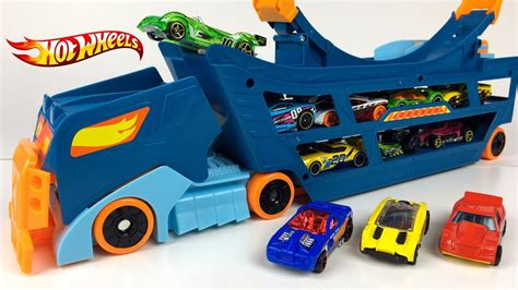 Hotwheel Stunt And Go wheels stunt go truck complete stunt set on wheels with x raycer car included unboxing