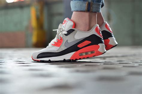 Sepatu Nike Airmax One Pink Black nike air max infrared