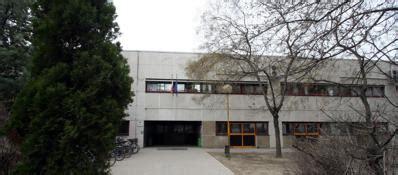 scuola besta classe 100 stranieri 232 bufera 171 ghettizzati 187 171 no giusto