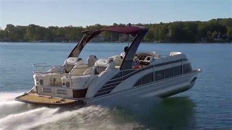 bennington pontoon boat lift 2016 bennington pontoon boats exceeding expectations