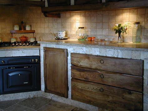 piastrellato rustico da lavoro piastrellati cucina sassi bordo piano da lavoro