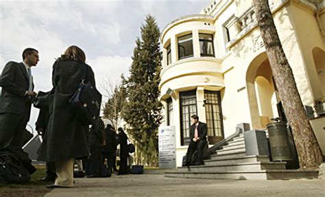 Best Mba In Madrid by Top 10 Best Mba Colleges In The World Omg Top Tens List