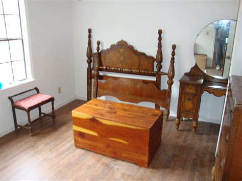 old bedroom furniture antique furniture hunting tips inspirationseek com