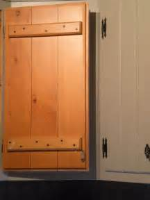 Pine Kitchen Cabinets by Painting Knotty Pine Kitchen Cabinets Diy