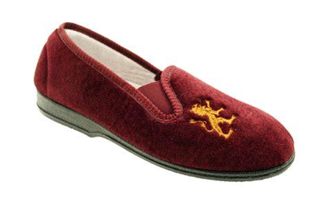 boys slippers size 13 boys velour rubber soles elastic gusset slippers size 11