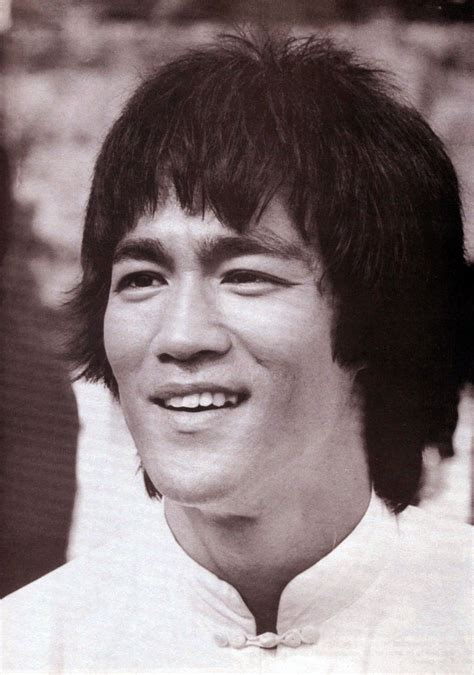 best biography bruce lee interview with bruce lee martial arts master film maker