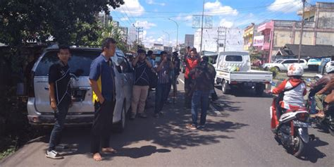 Lu Tembak Mobil sopir honda city ditembaki polisi lubuklinggau terancam