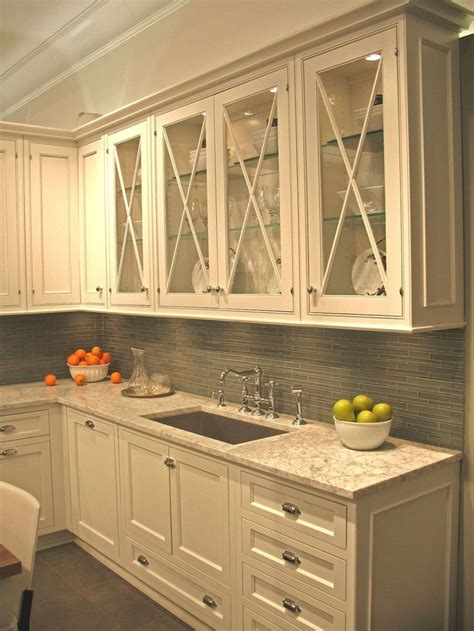 cream kitchen cabinet doors best 25 cream colored kitchen cabinets ideas on pinterest