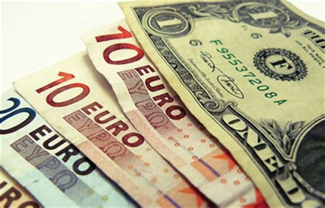cupo anual de dlares o euros para viajar a europa c 243 mo protegerse del riesgo de cambio fondos cotizados