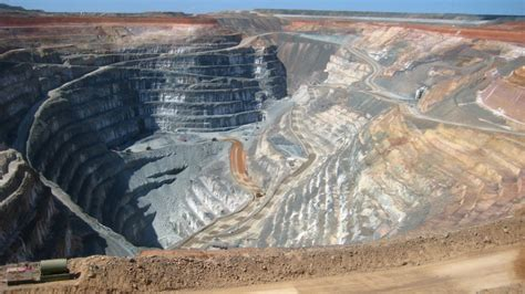 Open Pit concept mine transformed into sustainable city