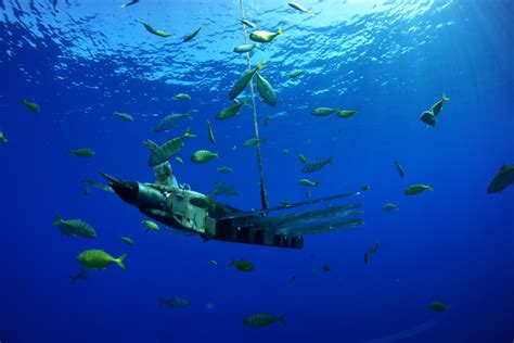 Drone Underwater china seizes us drone what is an underwater drone or uuv and what do they do