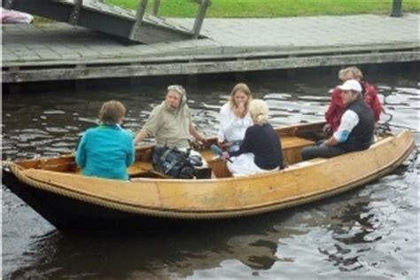 zwemvest verplicht in boot huurboten zwaantje giethoorn botenverhuur
