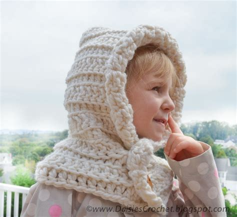 free pattern hooded scarf crochet daisies crochet crochet hooded scarf pattern