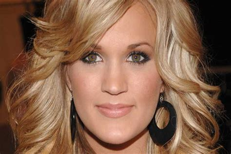 carrie underwood eye color christians are now furious with carrie underwood the