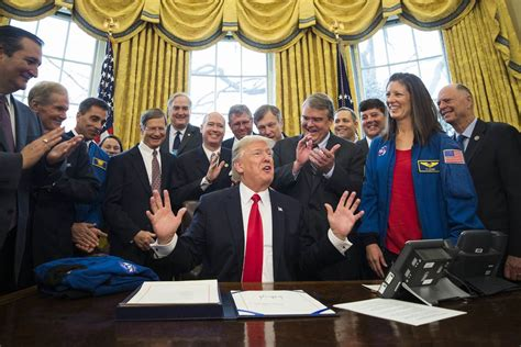 donald trump nasa trump adds to nasa budget approves crewed mission to mars