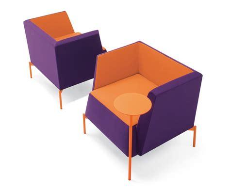 poltrone design on line poltrona imbottita per aree relax e attesa idfdesign