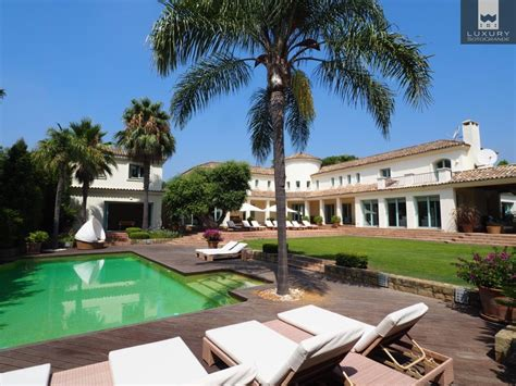 6 bedroom villa superb 6 bedroom villa for holiday rental in sotogrande