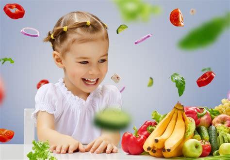 bimbo 6 mesi alimentazione svezzamento bambini schema ricette diety3