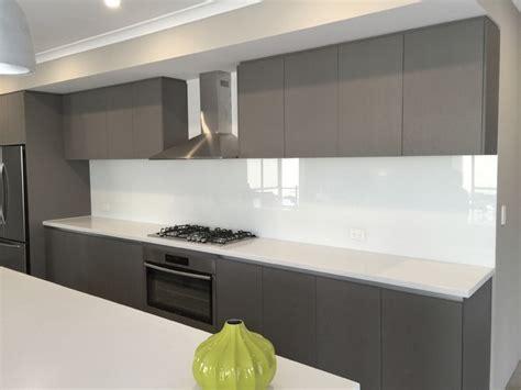 modern kitchen splashbacks neutral kitchen glass splashbacks modern kitchen