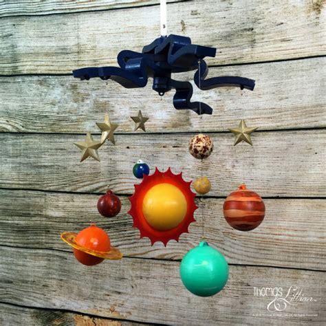 sistema solar movil reciclado pintalalluna sistema solar