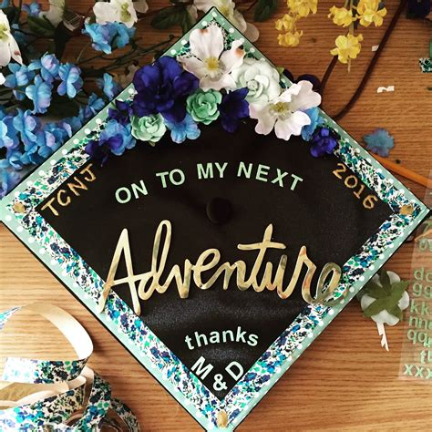 Graduation Caps Decorated by Decorated Graduation Cap Gradcap Crafty Inspiration