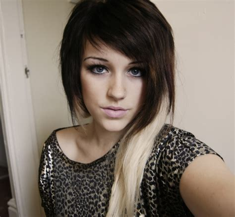 dip dye hairstyles brown and blonde 20 sweet blonde highlights on brown hair pictures