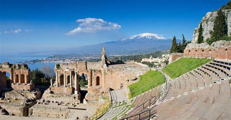 giardini naxos weather travel to taormina italy taormina travel guide easyvoyage