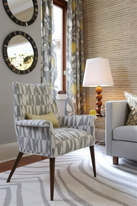 Grey Living Room Curtains Decorating Gray And Yellow Curtains Contemporary Living Room Para Paints Courtyard Richardson