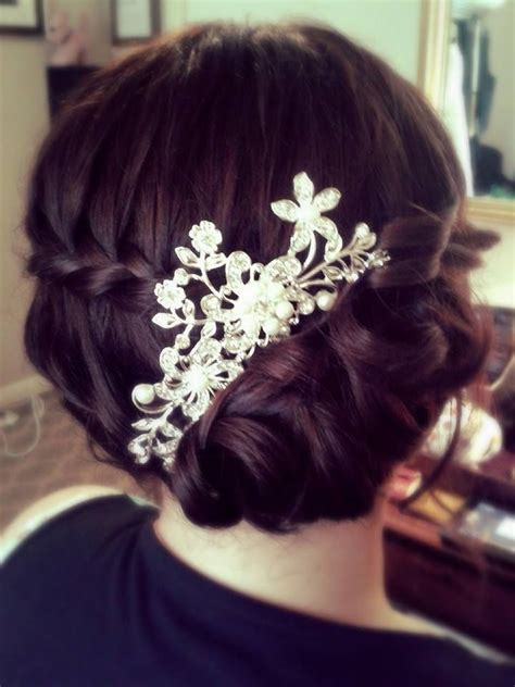 Wedding Hair Side Bun Plait by Best 25 Curly Side Buns Ideas On Easy Side