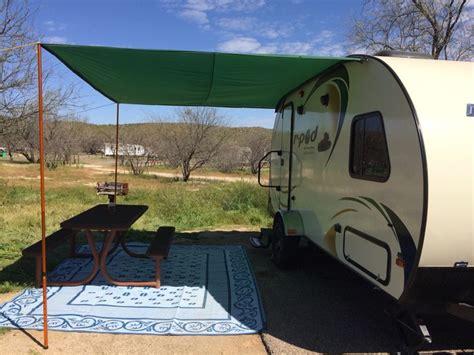 diy trailer awning 1000 ideas about tarp poles on pinterest cing tarp