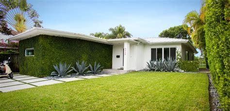 miami beach residence modern landscape miami