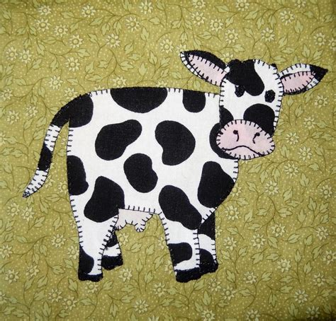 animal pattern name cow applique block by mspdesignsusa craftsy