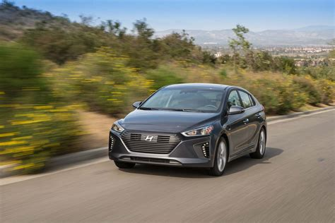 2019 Hyundai Ioniq Electric by 2019 Hyundai Ioniq Preview