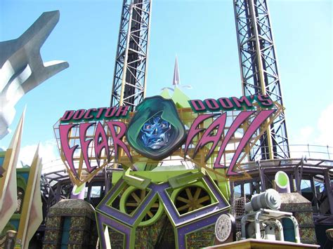 theme park hero rumor is disney nearing a deal with universal for marvel