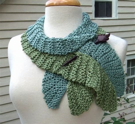 knitting pattern scarf twirling leaf scarf by dawnbrocco craftsy