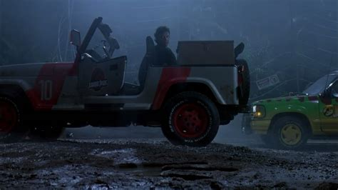 jurassic world jeep scene 10 3 jurassic jeep 65 million years in the making