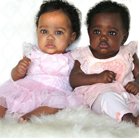 gemelas de diferente color2015 estas hermosas gemelas no comparten el mismo tono de piel